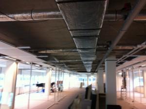 Foto van voor het plaatsen van het spanplafond